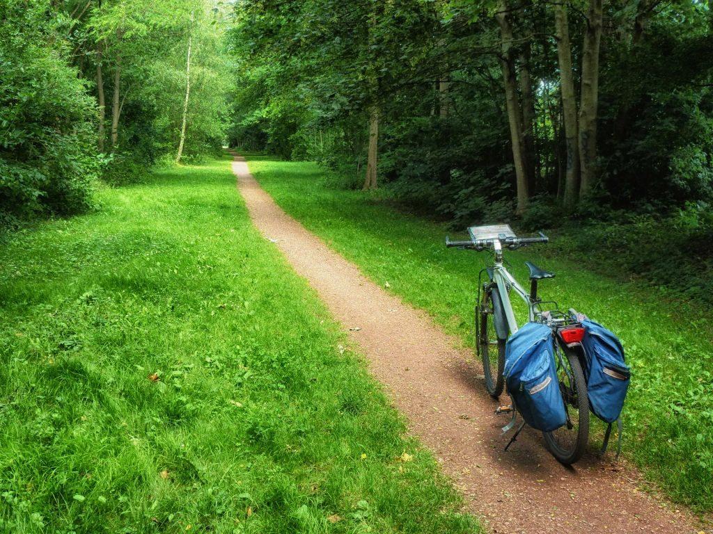 Ejemplo de cómo llevar el equipaje en los viajes de cicloturismo en España
