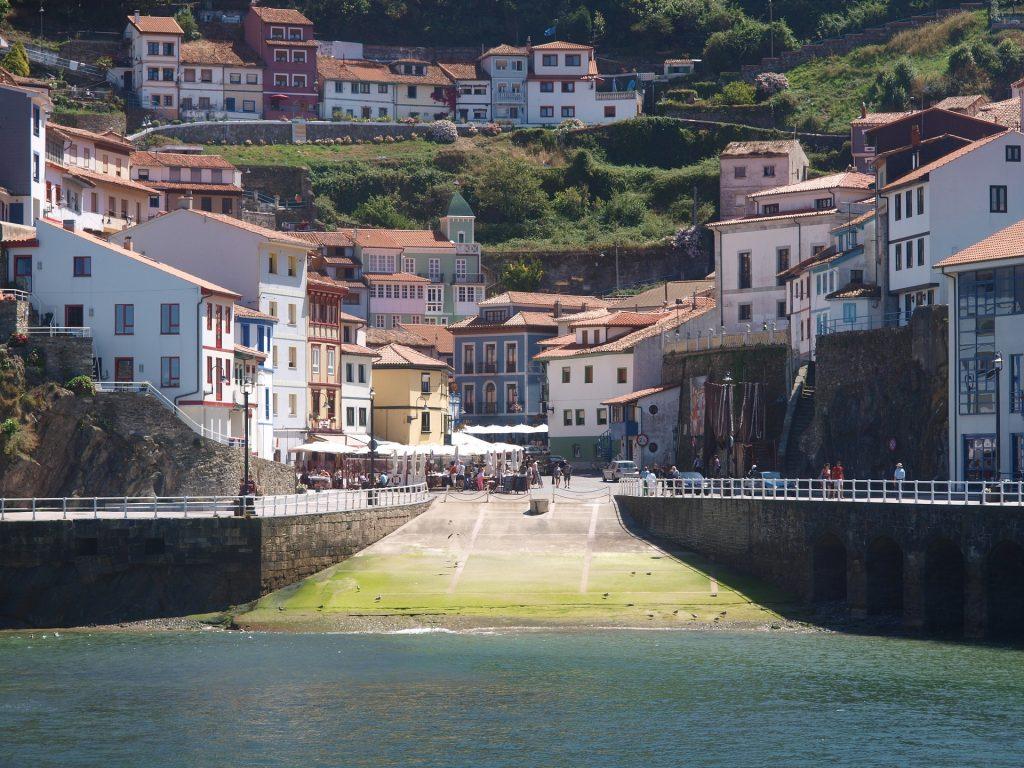 puerto-cudillero-asturias