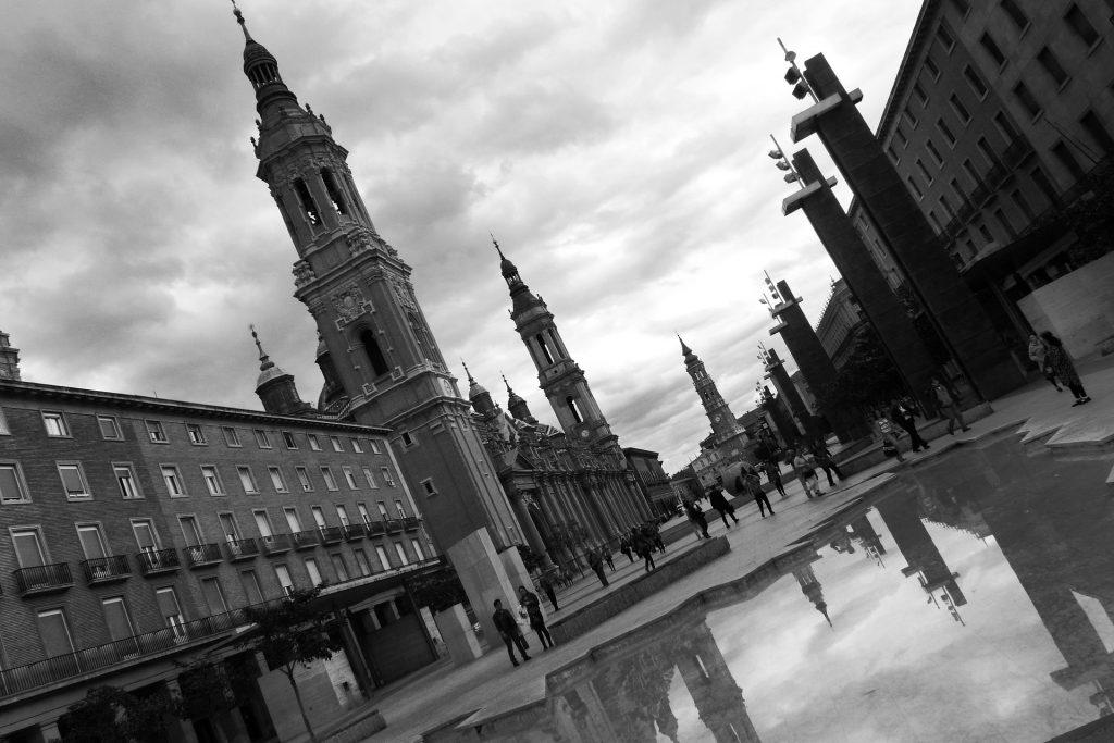 Plaza del Pilar en Zaragoza, España