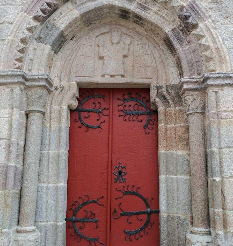 Pantocrátor de la iglesia de San Salvador en Sarria.