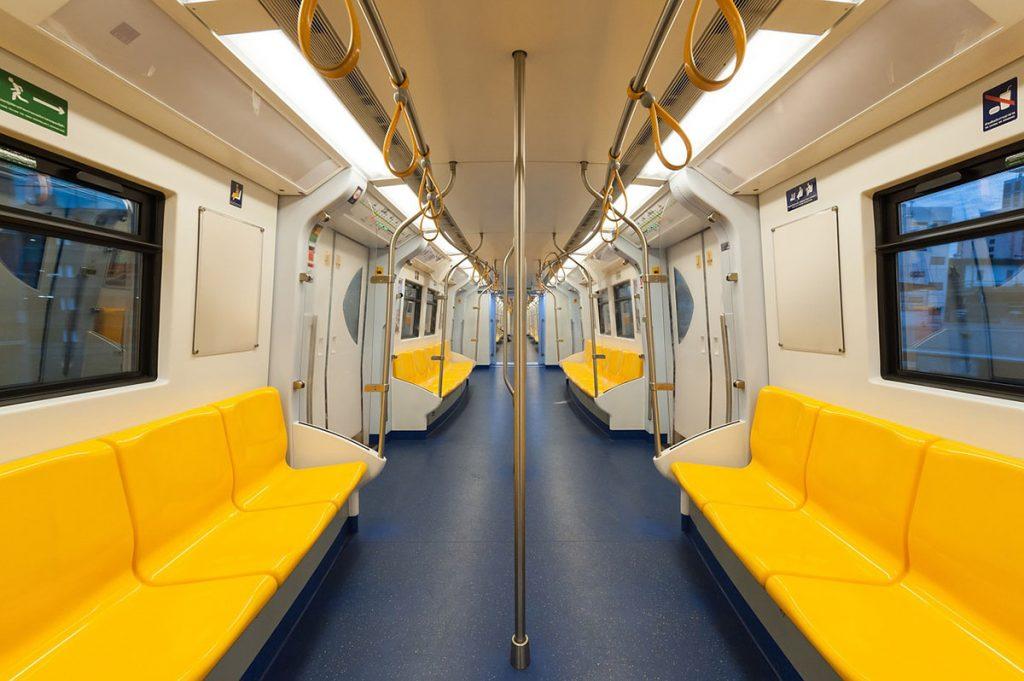 Viajar con poco dinero en metro
